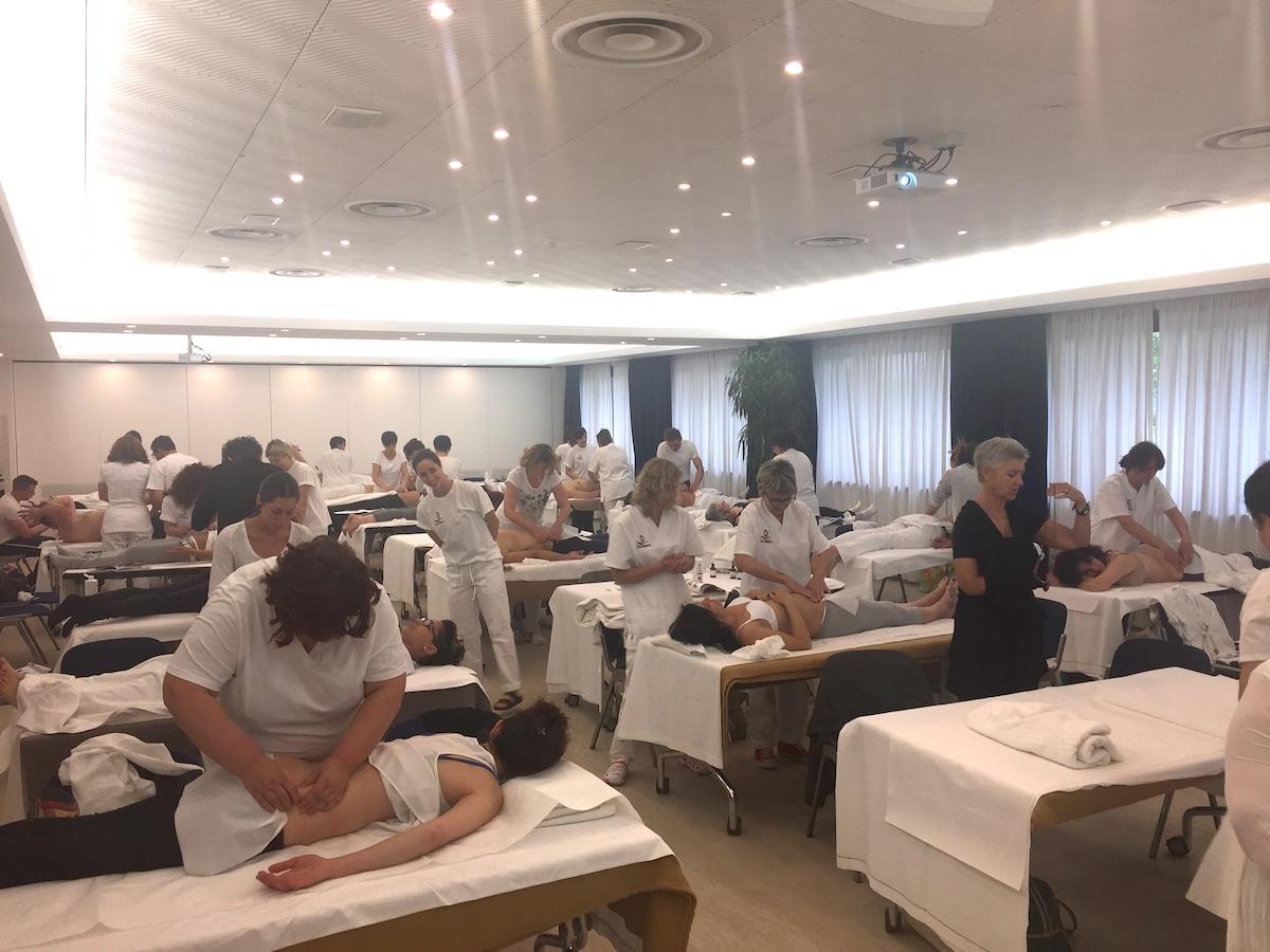 Massage-live-courses-1