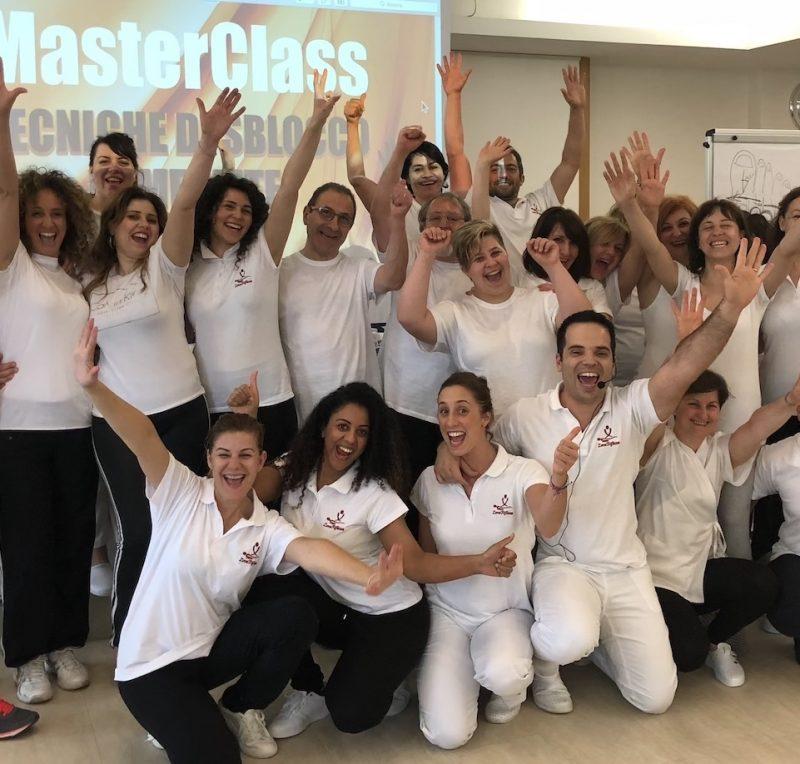 Academy-massage-courses-online